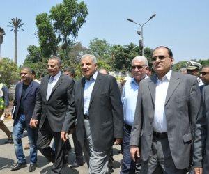 محلب يتفقد مشروع إنشاء نفق النهضة بمنطقة جامعة القاهرة