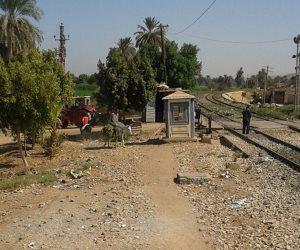 «مزلقانات الموت».. تأخر تطويرها ينذر باستمرار نزيف السكة الحديد