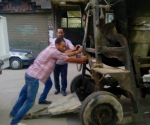 رئيس حي بولاق الدكرور يشن حملة لإزالة الإشغالات بشارع العشرين في فيصل