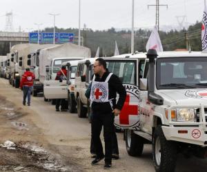 وصول أول قافلة برية من المفوضية العليا لشئون اللاجئين إلى دير الزور في سوريا