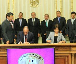 بعد 27 يوماً من لقاء السيسي.. توقيع عقد تنفيذ القطار المكهرب لربط العاصمة الإدارية الجديدة بالقاهرة الكبرى