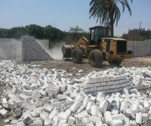 """إيقاف بناء 4 أبراج مخالفة بقرية """"أبو فليو"""" بالمنيا"""