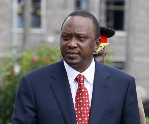 كينيا تلقى القبض على 17 مسؤولا فى إطار تحقيق فساد