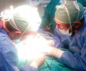 أزهري يحصل على جائزة أفضل بحث علمي لجراحة الأوعية الدموية