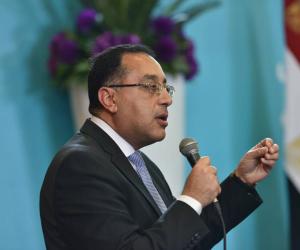 وزير الإسكان: بدء تسليم أراضى الحاجزين بمشروع «بيت الوطن» للمصريين بالخارج