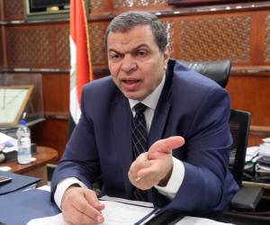 ممثل النقابة بدمياط يناشد الرئيس السيسى لإصدار توجيهاته بالتأمين على عمال الزراعة والرى والصيد
