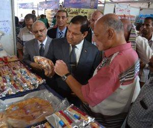 محافظ الغربية يفتتح معرض للأمن الغذائي بأرض البوريفاج بطنطا (صور)