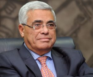 المال الحرام وراء تغير موقفه السياسي.. حسن نافعة «عامل من بنها»