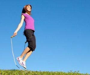 """الاستعيال هيخلي صحتك عال العال.. 6 فوائد مدهشة لممارسة رياضة """"نط الحبل"""""""