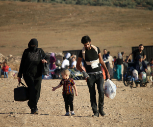 استمر أسبوعين.. لاجئون سوريون في أثينا ينهون إضرابا عن الطعام