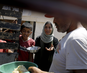 """ادخلوا مصر إن شاء الله آمنين.. 60 جنسية يحتفلون بيوم اللاجئين في """"أم الدنيا"""""""
