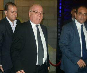 وزير الثقافة ومنى الشاذلي يصلان عزاء والدة ليلى علوي (صور)