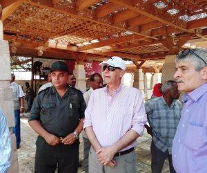 محافظ أسوان يتفقد أعمال التطوير  بمستشفى التكامل