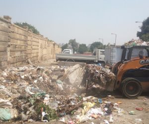 رئيس حي شرق: نتابع أعمال منظومة النظافة الجديدة بشبرا الخيمة   ( صور )