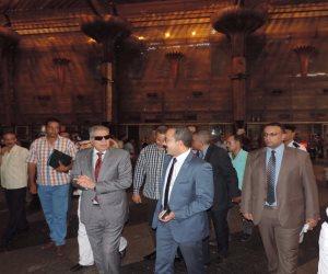 مساعد وزير الداخلية للنقل و المواصلات يفاجئ الخدمات الأمنية بمحطة سكك حديد القاهرة (صور)