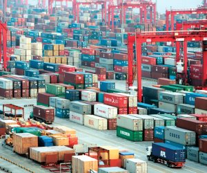 خطوات في مسار الإصلاح الاقتصادي.. قانون الجمارك الجديد بوابة عبور جدارة التصنيف العالمي