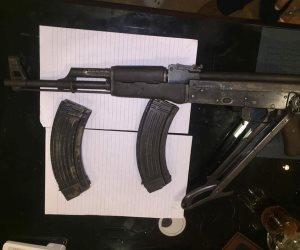 أمن الإسماعيلية يلقي القبض على عاطل بحوزته سلاح ناري