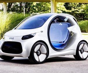 شركة سويسرية تعرض سيارة بدون مقود أو دواسات بمعرض فرانكفورت