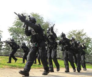 جندى عبر الحدود لمطاردة آخر هارب.. الأمم المتحدة: بينونجيانج انتهكت الهدنة