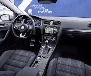 فولكس فاجن تستدعى 1.82 مليون سيارة في الصين