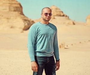 أحمد مراد يغادر القاهرة للمشاركة في معرض الشارقة الدولي للكتاب