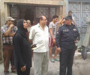 السيطرة على حريق مخزن مواد غذائية بمدينة المعلمين في أسيوط (صور)