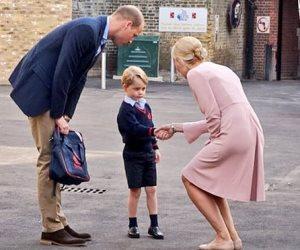 الوريث الثالت لعرش بريطانيا في المدرسة (صور)