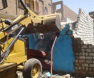 إزالة 21 حالة تعد على أملاك الدولة في حملة مكبرة بسوهاج (صور)