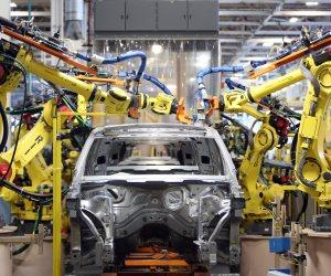 الحكومة الروسية تدعم مصانع سيارات بملايين الدولارات