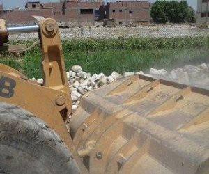 إزالة 7 حالات تعدي علي الأراضي الزارعية في حملة مكبرة في ساقلتة بسوهاج
