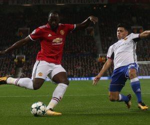 مطالب بمنع جماهير مانشستر يونايتد بالغناء للوكاكو بسبب العنصرية