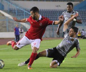 الأهلي يرتدي الأحمر والترجي بالزي الأزرق في مباراة غد