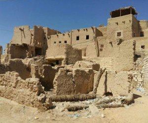 رئيس قطاع الآثار الإسلامية والقبطية يتفقد قرية شالي بواحة سيوة (صور)