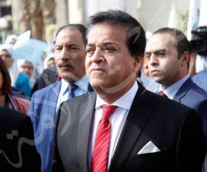 من طالب إلى عميد فوزير للتعليم العالي.. عبدالغفار يستعيد الذكريات في جامعة عين شمس