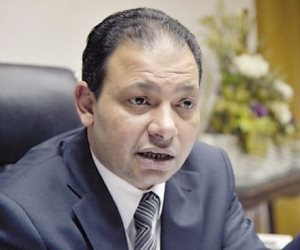 رئيس قطاع التليفزيون يكلف رؤساء القنوات بتغيير خريطة البرامج بعد حادث الواحات