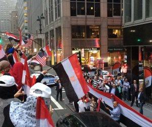الجالية المصرية في أمريكا تلقن «فلول المعزول» درسا قاسيا (فيديو)
