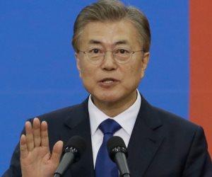 آبى يدعو رئيس كوريا الجنوبية لزيارة اليابان قبل قمة الكوريتين