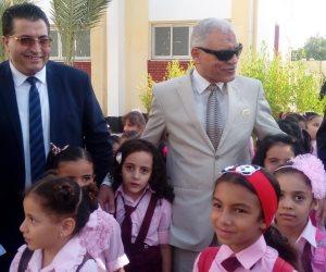 33 ألف و450 طالب وطالبة انتظموا في الدراسة بـ307 مدرسة اليوم بجنوب سيناء (فيديو وصور)