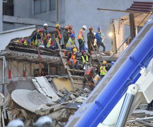 انتهاء البحث عن الجثث بعد زلزال مكسيكو سيتي