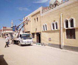 مجلس مدينة العريش ينهي مشاكل النظافة والإنارة بحي عاطف السادات (صور)