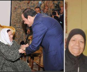 سيدات المحروسة يتبرعن بالذهب والمجوهرات حبا في تراب الوطن (صور)