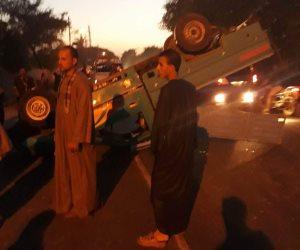 مصرع شخصين وإصابة 8 انقلبت بهم سيارة في ترعة بقنا
