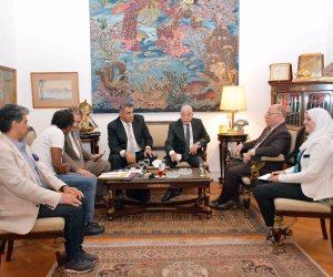 وزير الثقافة ومحافظ جنوب سيناء يبحثان الخريطة الثقافية للمحافظة