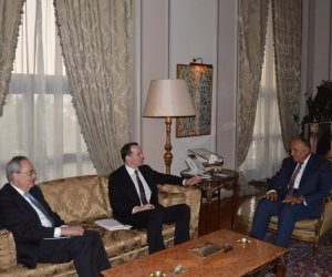 سامح شكري يلتقي مبعوث الرئيس الأمريكي للتحالف الدولي ضد داعش (صور)