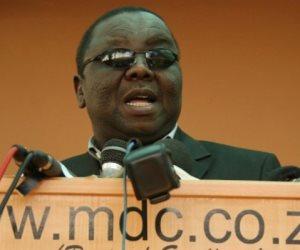 زعيم المعارضة يطالب الرئيس الزيمبابوي بتقديم استقالته