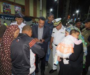 مدير الأمن يشن حملة ليلية في دائرة قسم أول وميدان الممر بالإسماعيلية (صور)