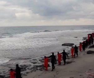 مصور مذبحة الأقباط في ليبيا يكشف التفاصيل المروعة للجريمة.. وأسماء الدواعش المشاركين فيها