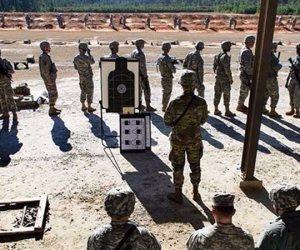 مقتل جنديين وإصابة 6 في حادث بمركز تدريب للجيش الأمريكي