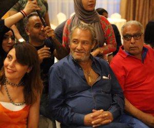 السرطان في بيت الفيشاوى.. الفنان الكبير ذهب لفحص معدته فأكتشف المرض الخبيث