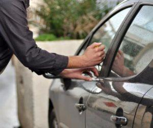 ضبط سياراتين مبلغ بسرقتهم في الإسماعيلية